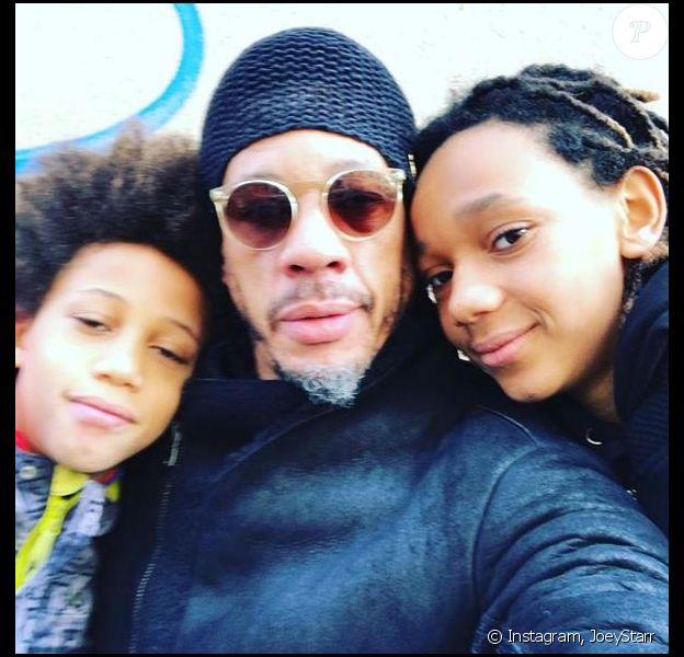 JoeyStarr avec ses fils Matisse et Kalil - photo postée sur le compte Instagram du rappeur le 18 février 2018.