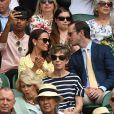 Pippa Middleton et son mari James Matthews - Les célébrités dans les tribunes de Wimbledon à Londres, le 12 juillet 2019.