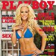 Kendra Wilkinson pose pour Playboy