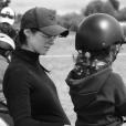 Inès, la femme de Moundir, et leur fille Aliya lors d'une séance d'équitation - Instagram, le 19 mai 2019