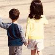 Abbie et Peter, les enfants de Faustine Bollaert et Maxim Chattam, le 20 avril 2019