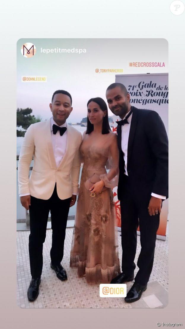 Tony Parker et Axelle Francine assistaient le 26 juillet 2019 au gala de la Croix-Rouge monégasque, soirée dont ils ont partagé quelques aperçus dans leur story Instagram.