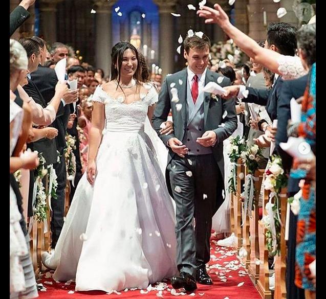 4939127-le-mariage-religieux-de-louis-ducruet-et-637x0-2.png