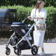 Exclusif - Eva Longoria est allée déjeuner avec son mari José Antonio Bastón et son fils Santiago Enrique Bastón au restaurant Tra di Noi à Malibu, Los Angeles. Le 27 juillet 2019