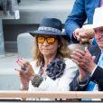 Le roi Juan Carlos Ier d'Espagne avec sa fille l'infante Elena d'Espagne lors de la finale messieurs à Roland-Garros 2019 à Paris le 9 juin 2019. © Jacovides-Moreau/Bestimage