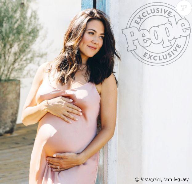 """Camille Guaty, enceinte, sur Instagram. Shooting pour le magazine """"People"""". 28 août 2019."""