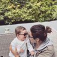 """Tiffany de """"Mariés au premier regard"""" radieuse avec sa fille Romy, le 26 mai 2019"""