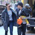 Miranda Kerr et Orlando Bloom se sont promenes avec leur fils Flynn dans les rues de New York, ne demontrant aucunement leur rupture annoncee la semaine derniere. Le 28 octobre 2013