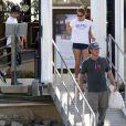 Sean Penn en vacances sur un bateau avec ses enfants