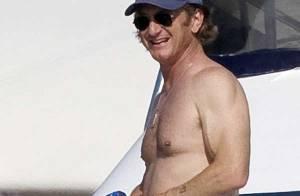 Sean Penn : il passe ses vacances avec son fils et sa fille... un papa cool ! (réactualisé)