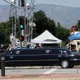 Tout Los Angeles s'affaire autour des lieux stratégiques, en ce mardi 7 juillet, date à laquelle Michael Jackson est enterré.