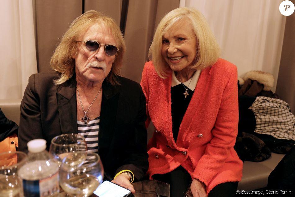 Exclusif - Michèle Torr et le chanteur Christophe se retrouvent en backstage lors du concert de Marcel Amont à l'occasion de son 90ème anniversaire à l'Alhambra à Paris le 2 avril 2019.© Cédric Perrin/Bestimage