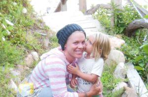 Pink, nostalgique, dévoile une photo vintage avec sa fille :