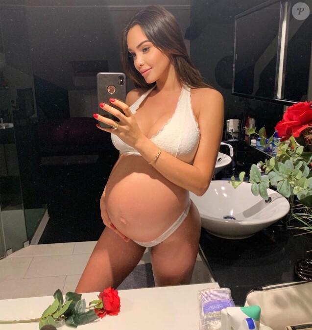 Nouvelle photo Instagram de Nabilla enceinte, publiée le 20 septembre 2019.
