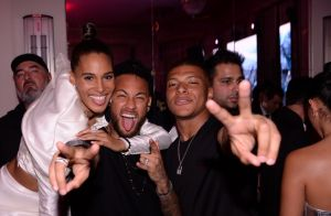 Neymar et Kylian Mbappé : Après le foot, soirée endiablée avec Cindy Bruna
