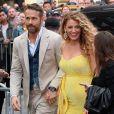 """Blake Lively enceinte et son mari Ryan Reynolds arrivent à la première de """"Pokemon Detective Pikachu"""" au Military Island sur Times Square à New York, le 2 mai 2019."""