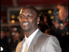 Akon est papa depuis six mois mais... il vient de l'apprendre !