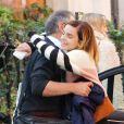 Exclusif - Emma Watson embrasse son père Chris dans les rues de Londres, le 22 octobre 2019.