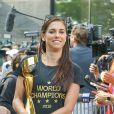 Alex Morgan - Les Américaines victorieuses de la Coupe du Monde 2019 face à l'équipe des Pays-Bas arrivent à New York, le 8 juillet 2019.