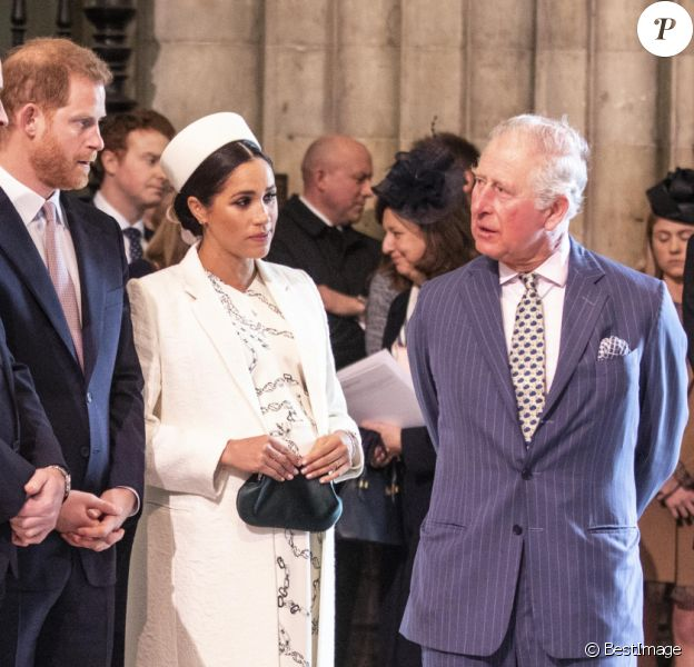 Catherine Kate Middleton, duchesse de Cambridge, le prince William, duc de Cambridge, le prince Harry, duc de Sussex, Meghan Markle, enceinte, duchesse de Sussex, le prince Charles, prince de Galles lors de la messe en l'honneur de la journée du Commonwealth à l'abbaye de Westminster à Londres le 11 mars 2019.  11th March 2019 London UK Britain's Queen Elizabeth is joined by Prince Charles, Camilla, Duchess of Cornwall, Prince William and Catherine, Duchess of Cambridge, Prince Harry and Meghan, Duchess of Sussex and Prince Andrew at the Commonwealth Service at Westminster Abbey in London, Monday, March 11, 2019. Commonwealth Day has a special significance this year, as 2019 marks the 70th anniversary of the modern Commonwealth - a global network of 53 countries and almost 2.4 billion people, a third of the world's population, of whom 60 percent are under 30 years old. Also acting is British Prime Minister Theresa May.11/03/2019 - Catherine (Kate) Middleton, duchesse de Cambridge