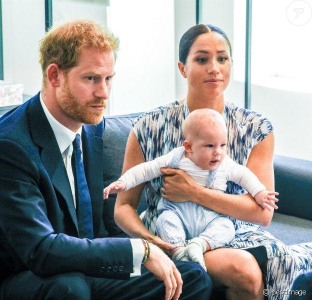 Le prince Harry et Meghan Markle ont présenté leur fils Archie à Desmond Tutu au Cap, en Afrique du Sud, le 25 septembre 2019.