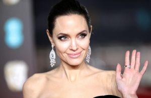 Angelina Jolie, complètement nue en couverture du magazine Harper's BAZAAR
