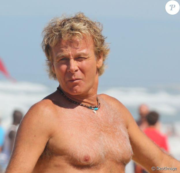 "Franck Dubosc - Tournage du film ""Camping 3"" sur la plage de Biscarosse, le 25 août 2015."