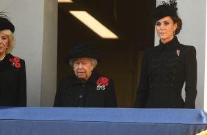 Kate Middleton élégante et digne au côté de la reine, la larme à l'oeil