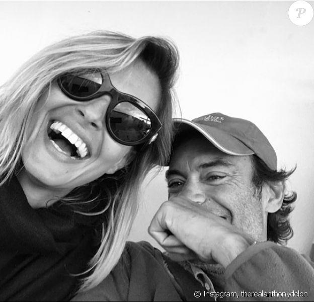 Anthony Delon et sa compagne Sveva Altivi sur Instagram, automne 2019.