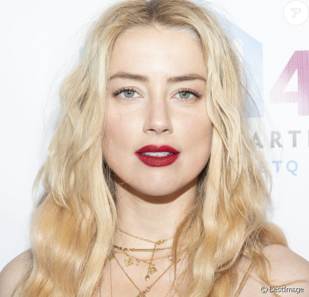 Amber Heard au photocall des Emery Awards 2019 à New York le 6 novembre 2019.