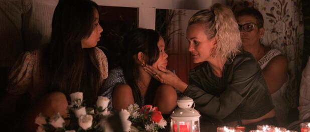 Laeticia Hallyday sur la tombe de Johnny : émotion et tendresse avec Jade et Joy
