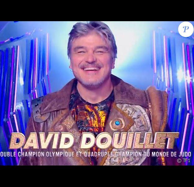 """David Douillet, lion démasqué lors de la demi-finale de """"Mask Singer"""" diffusée le 6 décembre 2019 sur TF1."""