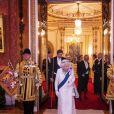 La reine Elizabeth II d'Angleterre reçoit les membres du corps diplomatique à Buckingham Palace, le 11 décembre 2019.