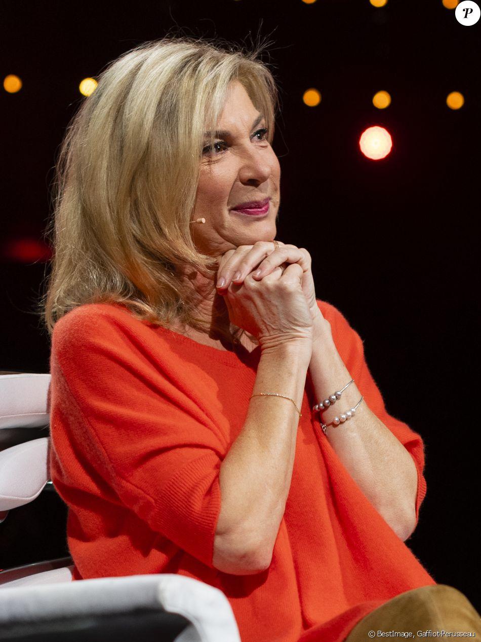 Exclusif - Michèle Laroque - Enregistrement de l'émission La Chanson secrète 4, qui sera ...