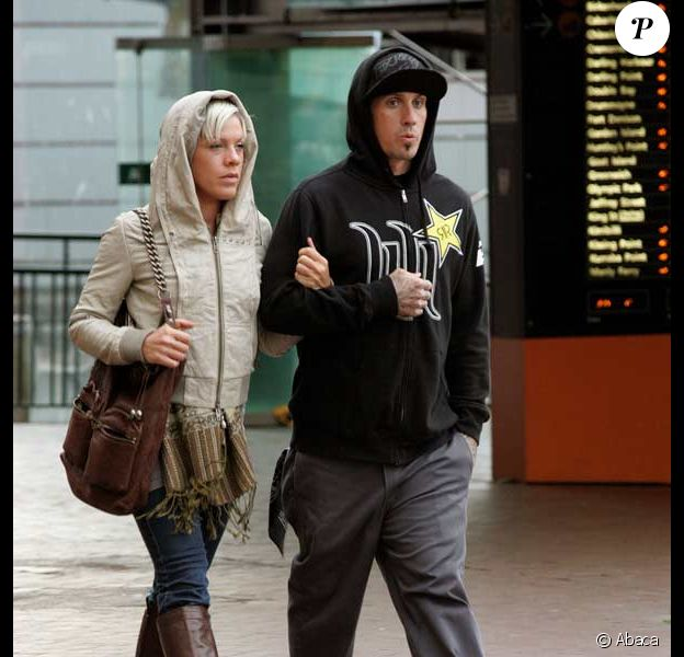 Pink et son mari Carey Hart se baladent à Sydney