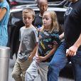 Exclusif - Zahara, Knox et Vivienne Jolie-Pitt rejoignent leur hôtel pendant que leur mère Angelina Jolie profite pleinement de la Fashion Week de New York, le 13 septembre 2017.