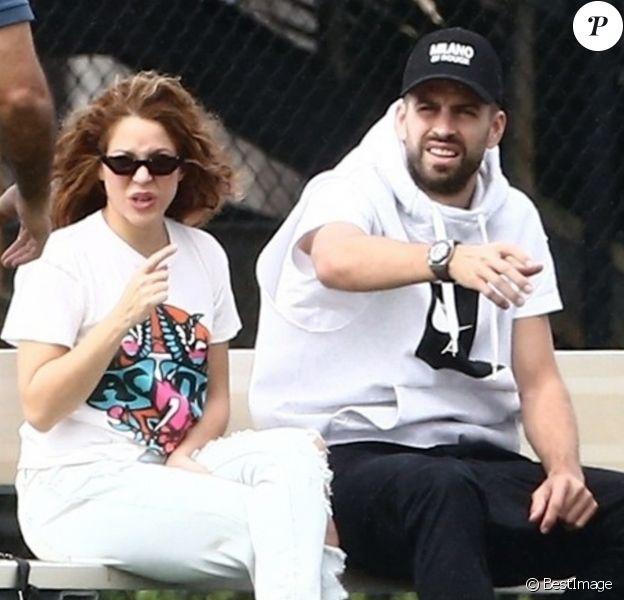 Exclusif - Shakira, Gerard Pique - Shakira et son compagnon sont allés encourager leurs fils lors de leur entrainement de football à Miami, le 30 décembre 2019.