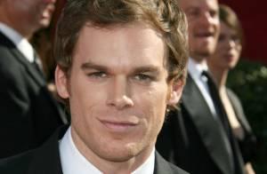 Le héros de Dexter craque pour... la fille de son ami d'enfance !