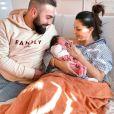 Anaïs Sanson, Carlos et leur fille Lila, le 31 décembre 2019, à l'hôpital