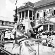 La reine Elisabeth II d'Angleterre et le prince Philip, duc d'Edimbourg, lors de leur voyage dans les Caraïbes. Le 11 février 1966