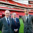 Le prince Philip avec Peter Hill-Wood et Thierry Henry - Rencontre avec les dirigeants et joueurs d'Arsenal en 2006 à Londres.