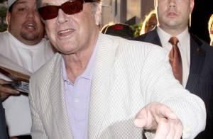 Jack Nicholson : 72 ans et chaud-bouillant sur la piste de danse... avec de jeunes et jolies dames !