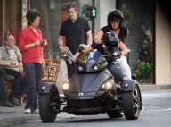 Muriel Robin et Anne Le Nen : Virée complice en trois roues dans les rues de Paris !