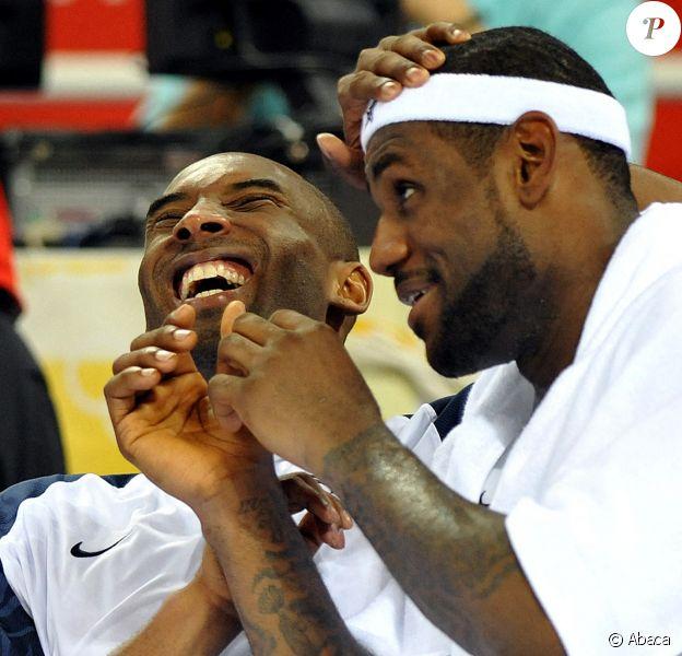 Kobe Bryant et LeBron James lors des Jeaux olympiques de Pékin le 20 août 2008.