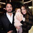 Jay Rutland avec sa femme Tamara Ecclestone et leur fille Sophia Eccelstone-Rutland à l'inauguration de la galerie d'art Maddox dans le quartier de Mayfair à Londres, le 3 décembre 2015
