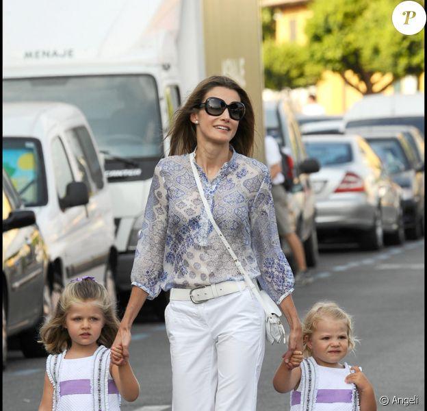 Letizia d'Espagne et ses filles à Palma de Majorque, le 7 août 2009