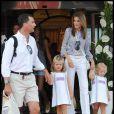 Letizia d'Espagne et ses filles accompagnent le prince Felipe à son club nautique à Palma de Majorque, le 7 août 2009