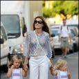 Letizia d'Espagne et ses filles à Palma de Majorque, le 7 août 2009... Elles sont parfaites toutes les trois !