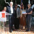 Serge Toubiana, président d'Unifrance, Daniela Elstner, Directrice Générale d'UniFrance, Jacqueline Lyanga et Jasmine Jaisinghani assistent à la cérémonie des World Cinema Awards à la Résidence du Consul de France à Beverly Hills, le 10 février 2020.