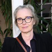 Julie Delpy : Au naturel, elle assume ses cheveux blancs